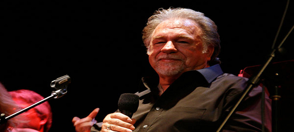 The Original Gene Watson Site includes the latest Gene Watson tour date information
