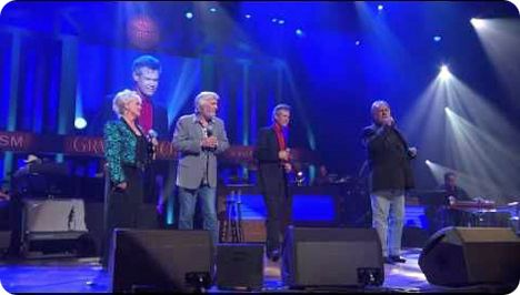 Connie Smith, Joe Stampley, Randy Travis and Gene Watson perform 'Didn't We Shine', which was written by Don Schlitz and Jesse Winchester (Wednesday 17 May 1944 - Friday 11 April 2014), in Nashville in 2010 / the track was included on Randy Travis' '25th Anniversary Celebration' (Warner Bros. Records, 2011)