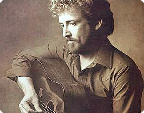 Keith Whitley (Thursday 1 July 1954 - Tuesday 9 May 1989)
